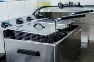 Adesivi resinati per attrezzature alberghiere e per la ristorazione