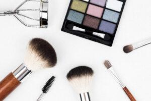 Etichette resinate per cosmetici